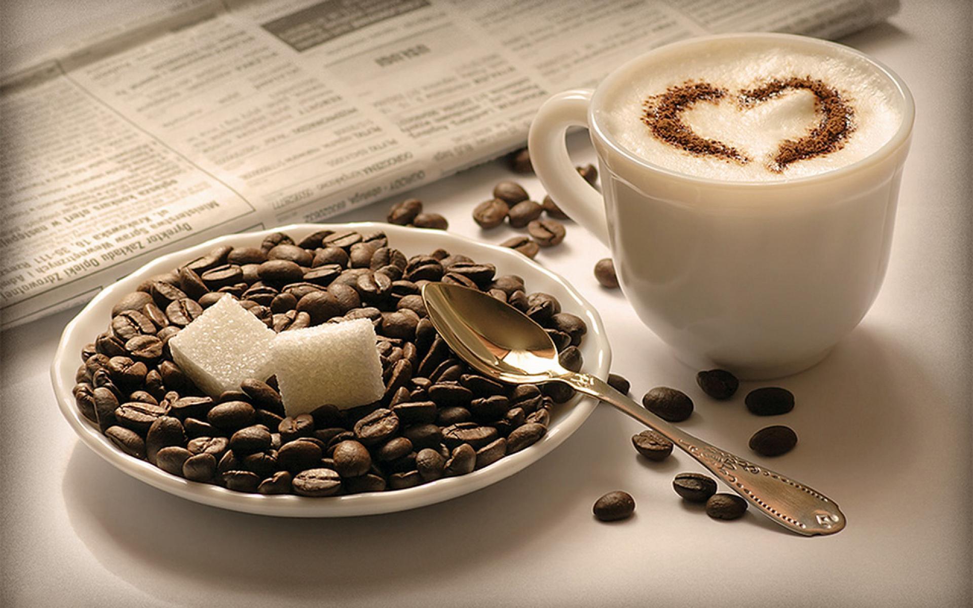 عکس های قلب تشکیل شده بر روی قهوه